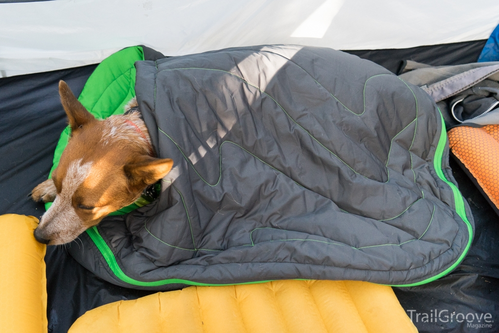 Highlands Bag by Ruffwear - Sleeping Bag for Dogs