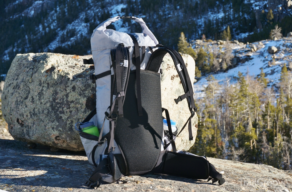 Backpacking Packs - Roll Top and Drawstring Closures