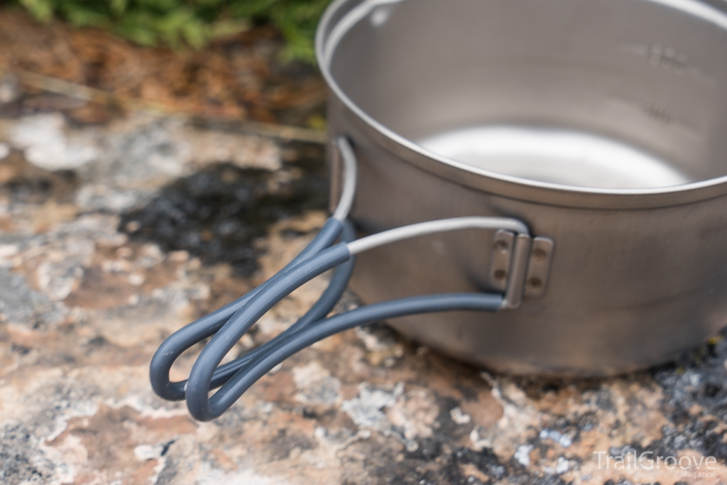 Backpacking Pot (Evernew) with Insulated and Folding Handles